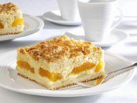 Vanilla Pudding Cake with Apricots recipe