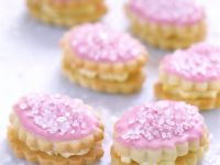 Vanilla Sandwich Cookies with Chocolate Filling recipe