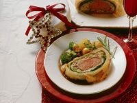 Veal En Croute with Potatoes, Broccoli and Mushrooms recipe