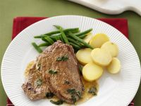 Veal in Sage and Lemon Sauce with Potatoes and Green Beans recipe
