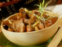 Veal Kidneys with Tarragon-Cream Sauce recipe