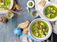 Vegetable Soup with Pesto recipe