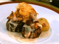 Venison with Mushroom Cream Sauce and Rösti recipe