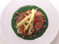 Venison with Mushrooms and Spinach and Leek Sauce recipe