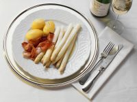 White Asparagus with Ham and Potatoes recipe