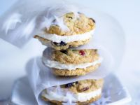 Cranberry-White Chocolate Sandwich Cookies recipe