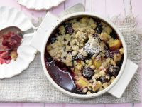 Whole-grain Blackberry Crumble recipe
