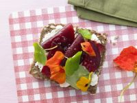 Whole-Grain Bread with Beets recipe