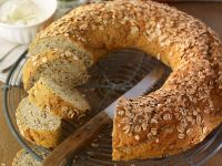 Whole-grain Bread Wreath recipe