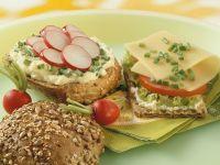 Whole-wheat and Crispbread Sandwiches recipe