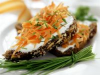 Whole Wheat Bread with Sour Cream and Fresh Carrot recipe