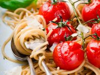 Whole-wheat Spaghetti with Cherry Tomatoes and Parmesan recipe