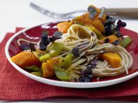 Whole-Wheat Spaghetti with Pumpkin Sauce recipe