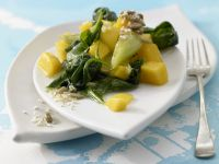 Spinach and Mangoes recipe