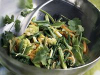 Wok-cooked Cauliflower and Mangetout recipe