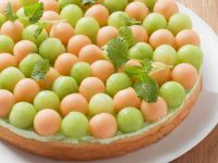 Woodruff Cake with Melon
