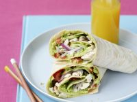 Wraps with Chicken, Lettuce and Avocado recipe