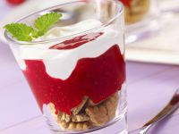 Yogurt and Raspberry Parfaits recipe