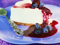 Yogurt-cream Cake with Blueberries recipe