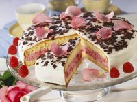 Yogurt Cream Raspberry Cake recipe