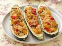 Zucchini Stuffed with Chicken, Rice and Peppers recipe