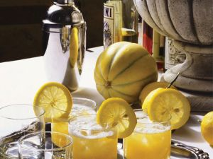 10 Low-Cal Winter Cocktails