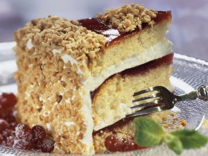 Almond Cake with Redcurrant Jelly recipe