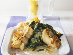 Almond-topped Fish Fillets recipe