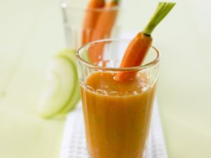 Apple and Carrot Smoothie recipe