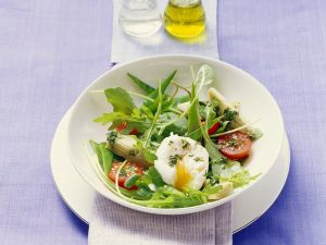 Arugula Salad with Vegetables and Poached Egg recipe