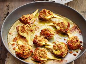 Baked Artichokes with Breadcrumbs recipe