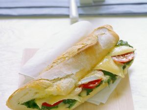 Baked Baguette with Tomato, Spinach and Cheese recipe