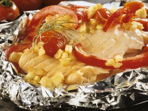 Baked Salmon with Vegetables in Foil recipe