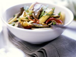 Beef and Baby Corn with Noodles recipe