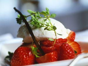 Berries with Vanilla Cream recipe