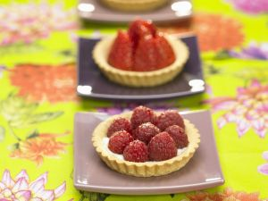 Berry and Pastry Tarts recipe