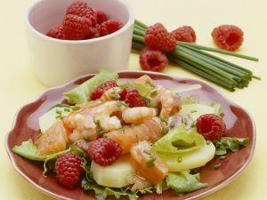 Berry, Salmon, and Prawn Salad recipe