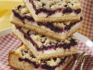 Blueberry and Soft Cheese Squares recipe