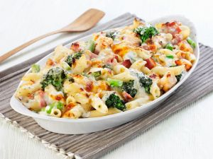 Broccoli and Ham Penne Bake recipe