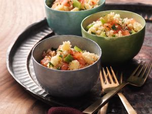 Bulgur and Tomato Salad with Lemon Herb Dressing recipe