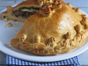 Cabbage and Ground Beef Pie recipe
