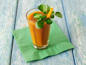 Carrot Juice with Spring Greens recipe