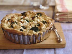 Cauliflower and Broccoli  Tarts with Almonds recipe