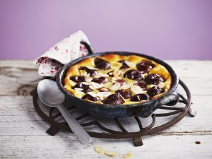 Cherry and Almond Cake recipe