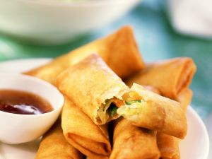 Chicken Spring Rolls with Chile Dip recipe
