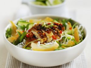 Chicken with Lime and Mint on Rce Noodles recipe