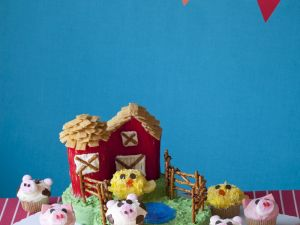 Children's Farm Cake and Cupcakes recipe