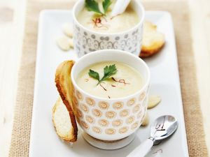 Chilled Almond Soup with Garlic recipe