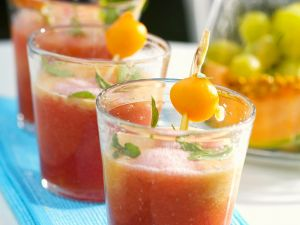 Chilled Melon and Grape Soup recipe