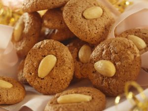 Chocolate-Almond Cookies recipe